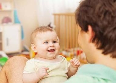 【朗報】ワイの娘、生後8ヶ月にして4単語も喋ってしまう