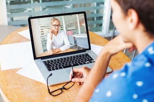 オンライン英会話はスピーキング特化型英会話トレーニング